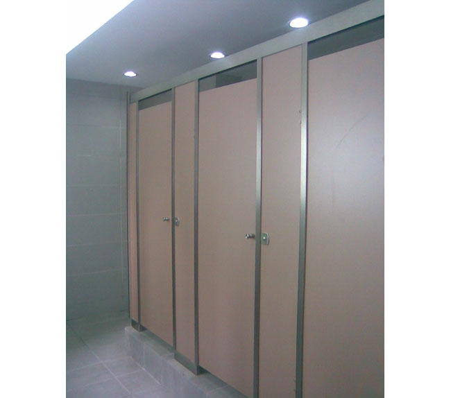 卫生间隔板5